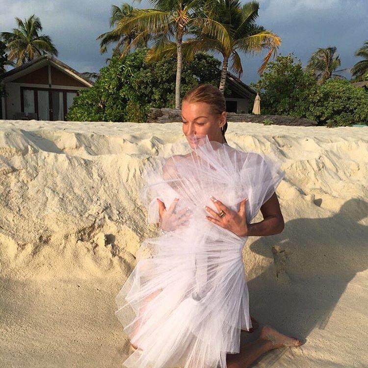 Анастасия Волочкова и её новая фотосессия в бикини 2016