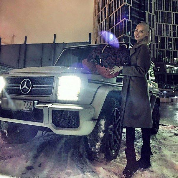 Алена Шишкова: кукушка или работающая мама-одиночка?
