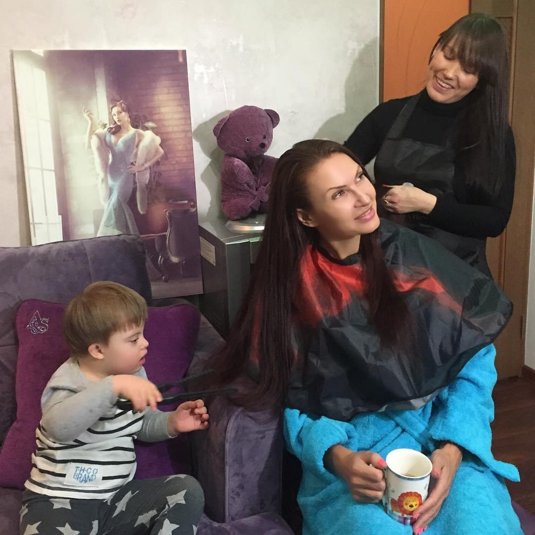 Сын Эвелины Бледанс в будущем будет стилистом и парикмахером