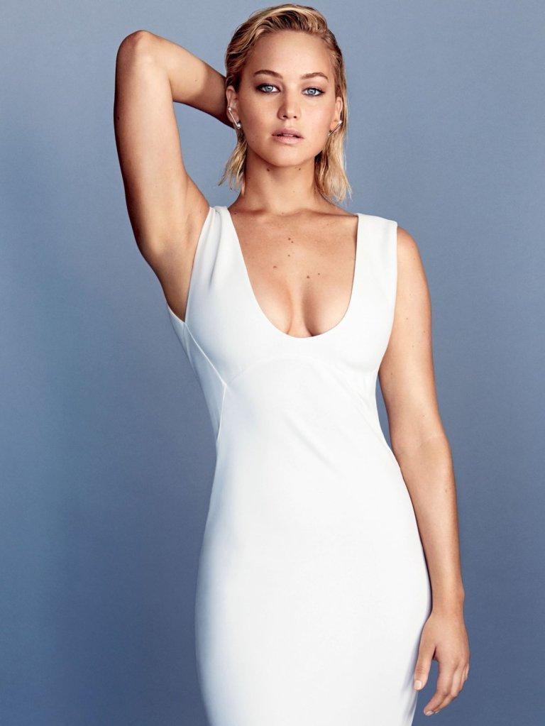 Дженнифер Лоурес появилась на страницах Glamour