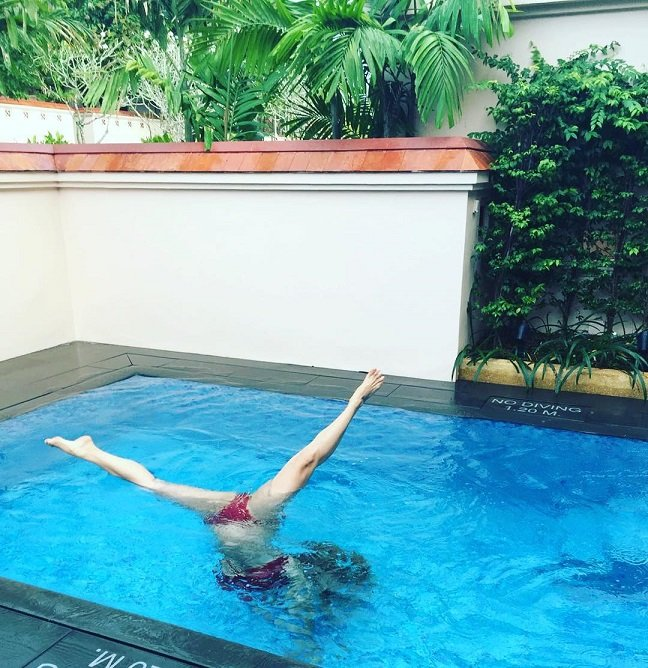 Анна Семенович готовится к Олимпиаде по синхронному плаванию
