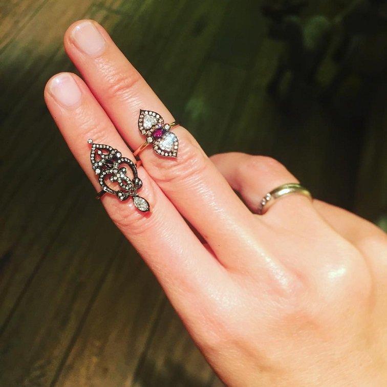 Ксения Собчак о своей коллекции необычной бижутерии