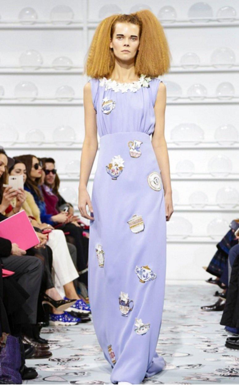Удивительные платья на показе мод весна-лето 2016 от Скиапарелли