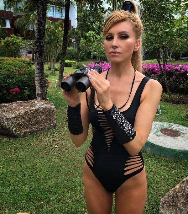 Ольга Серябкина и Ирина Нельсон остановили свой выбор на одинаковых купальниках