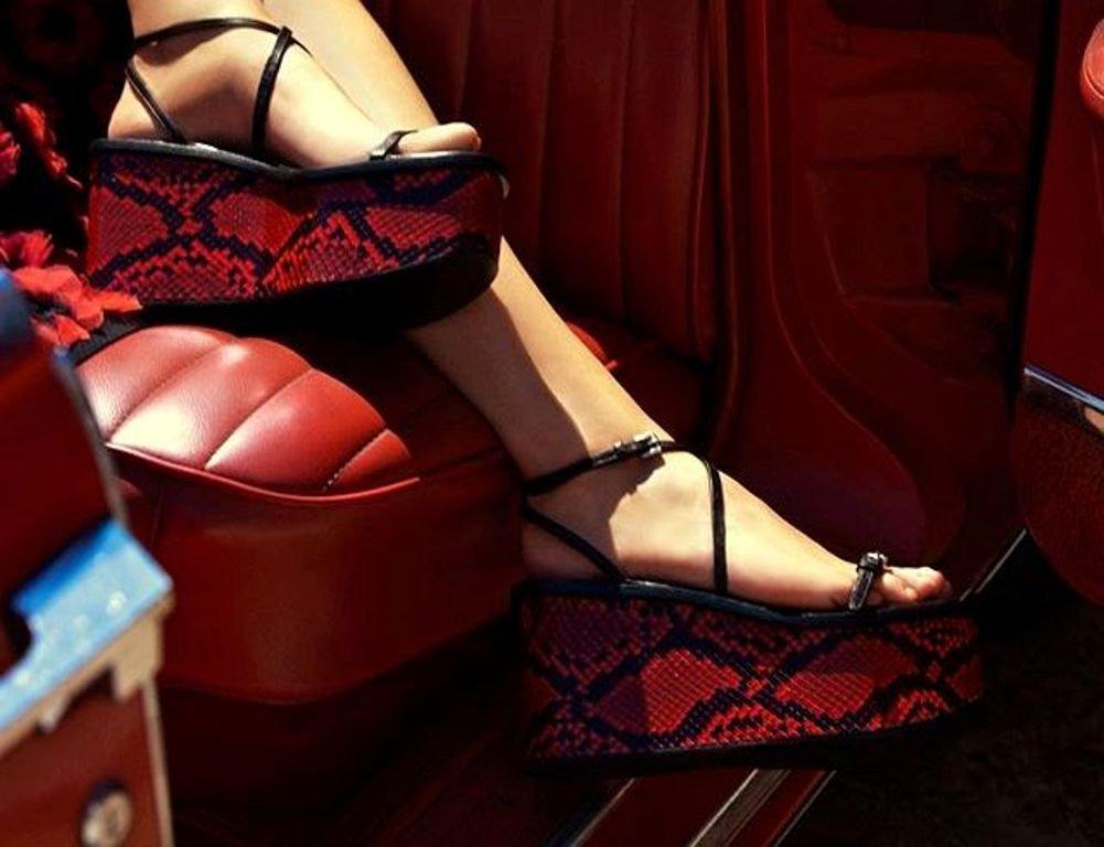 Обувь ка каждый день или для особого случая: новая коллекция от Michael Kors