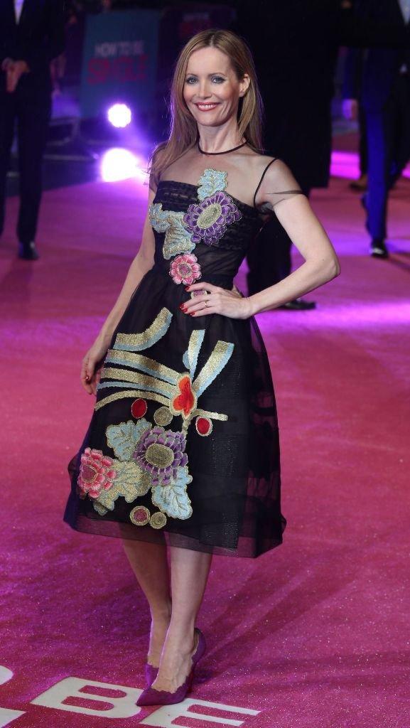 Актриса Лесли Манн в изысканном платье в Лондоне