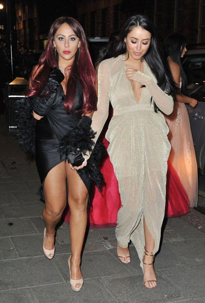 Марни Симпсон и Софи Касаи посетили ночной клуб в странных платьях