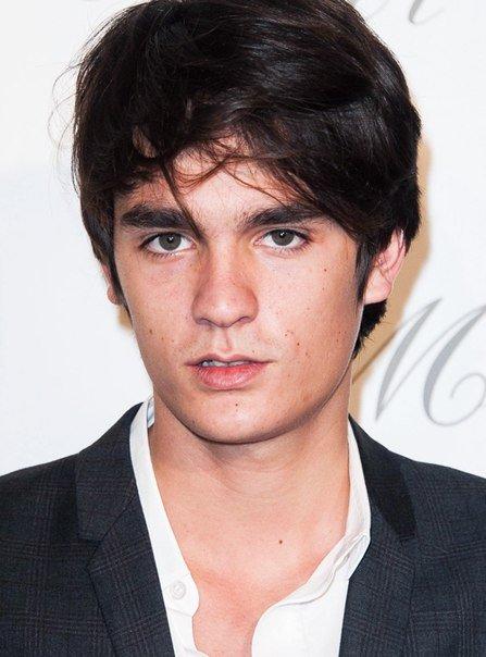 Сын Алена Делона стал лицом Dior