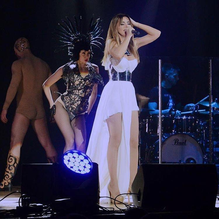 Изумительные наряды Ани Лорак на гастролях по Германии