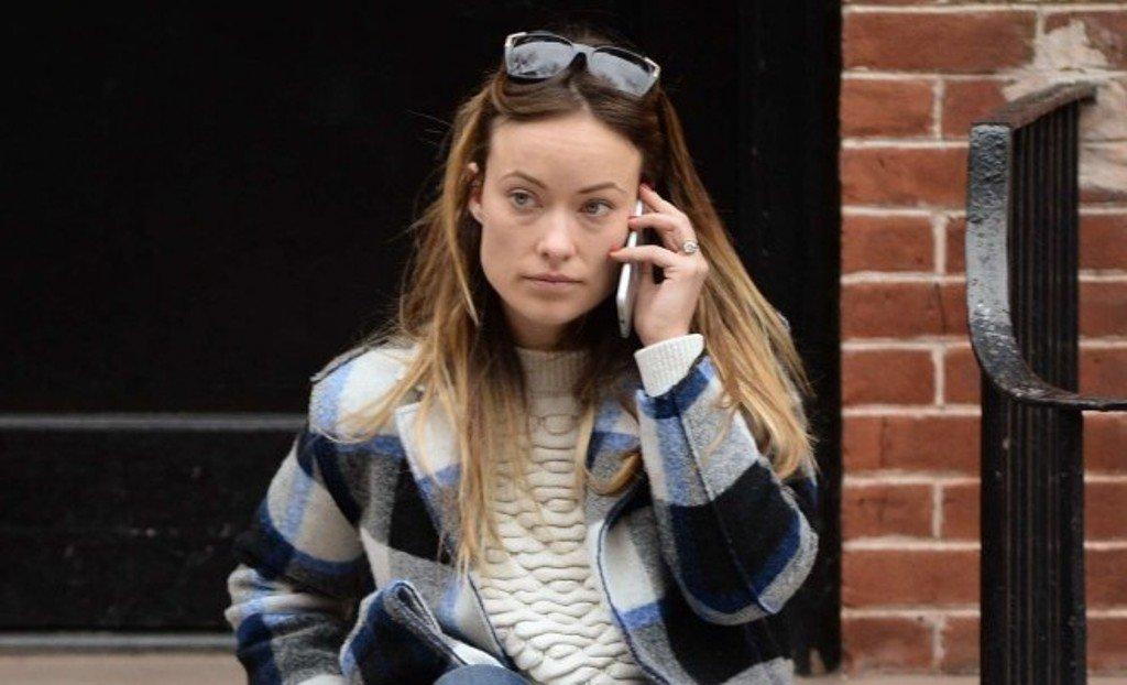 Оливия Уайлд прогулялась по улицам Нью-Йорка в непринужденном наряде