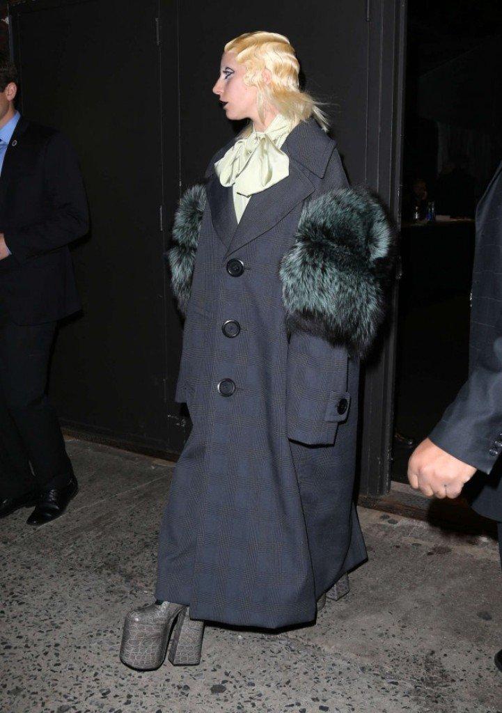 Леди Гага удивила сменой имиджа