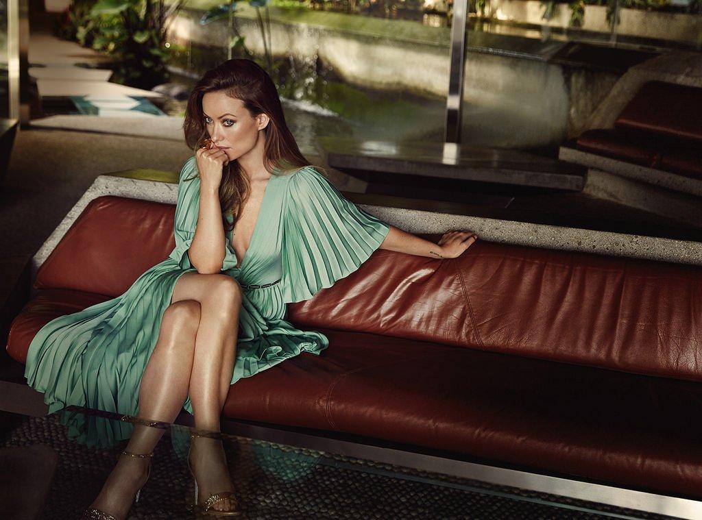 Оливия Уайлд позирует в шикарных вечерних платьях для The Edit
