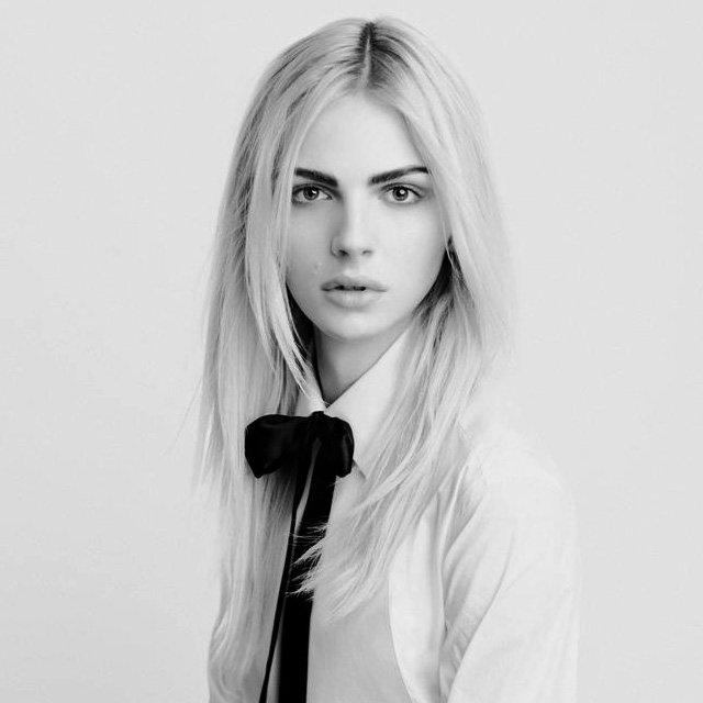 Андреа Пежич: первая обложка после смены пола