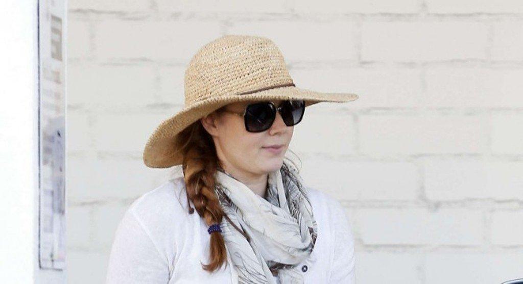 Эми Адамс показала как стильно выглядеть в ковбойском стиле