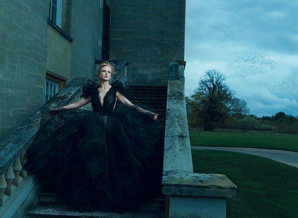 Николь Кидман снялась в сказочной фотосессии для Harper's Bazaar
