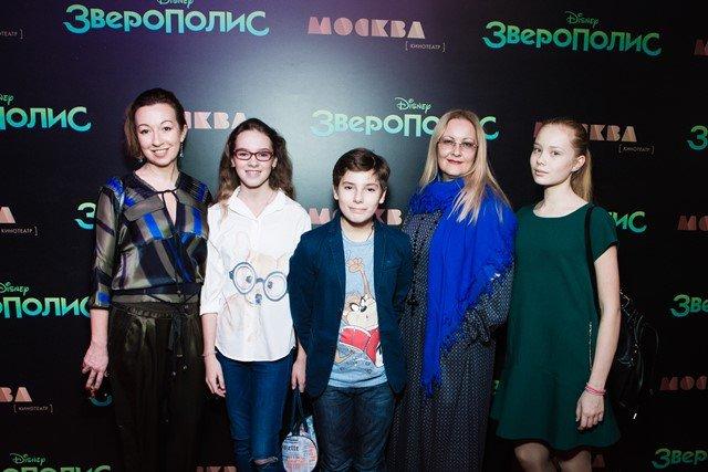 """Российские звезды посетили премьеру фильма """"Зверополис"""" в Москве"""