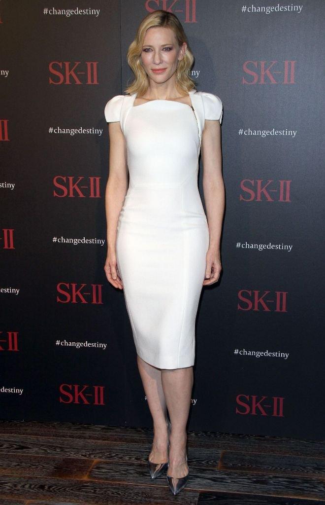 Кейт Бланшетт посетила светское мероприятие в белоснежном платье
