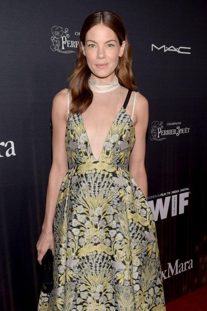 Мишель Монаган выбрала необычное платье из красивой ткани