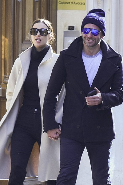 Брэдли Купер и Ирина Шейк прогулялись по Парижу