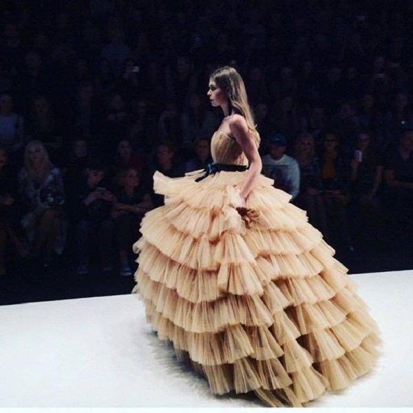 Соня Киперман стала звездой показа Беллы Потемкиной