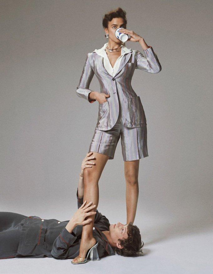 Ирина Шейк снялась в ретро-образах для Interview