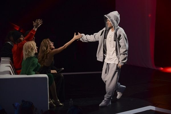 Юлия Паршута пригласила Eminem  в Москву