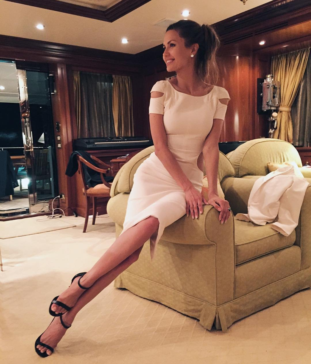 Виктория Боня представила эксклюзивное платье из новой коллекции