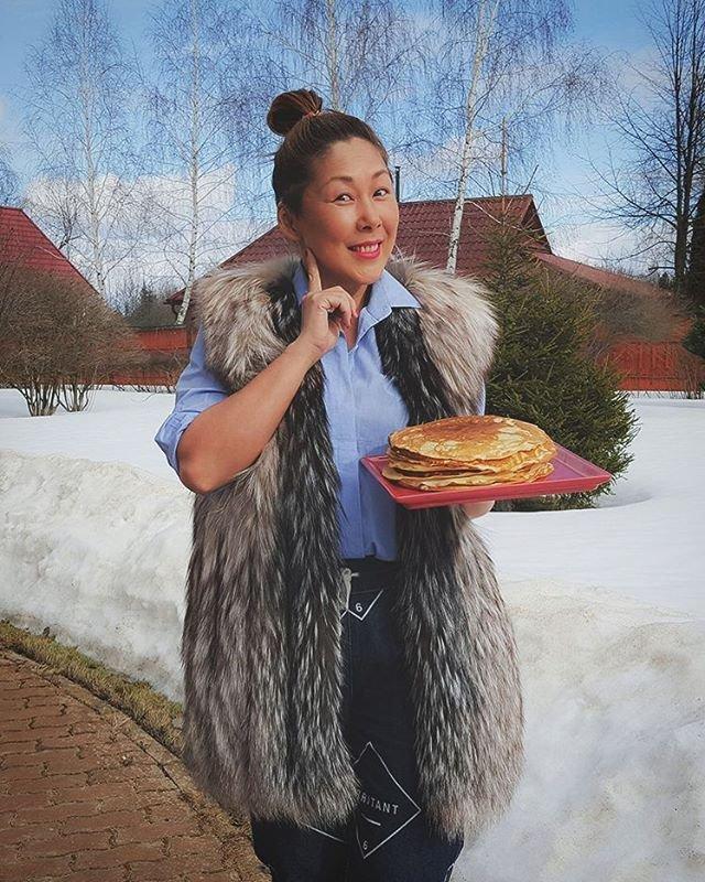 Анита Цой срочно худеет после Масленицы