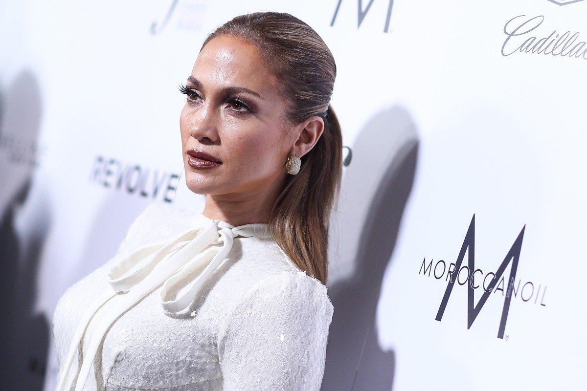 Дженнифер Лопес реабилитировалась после модного провала
