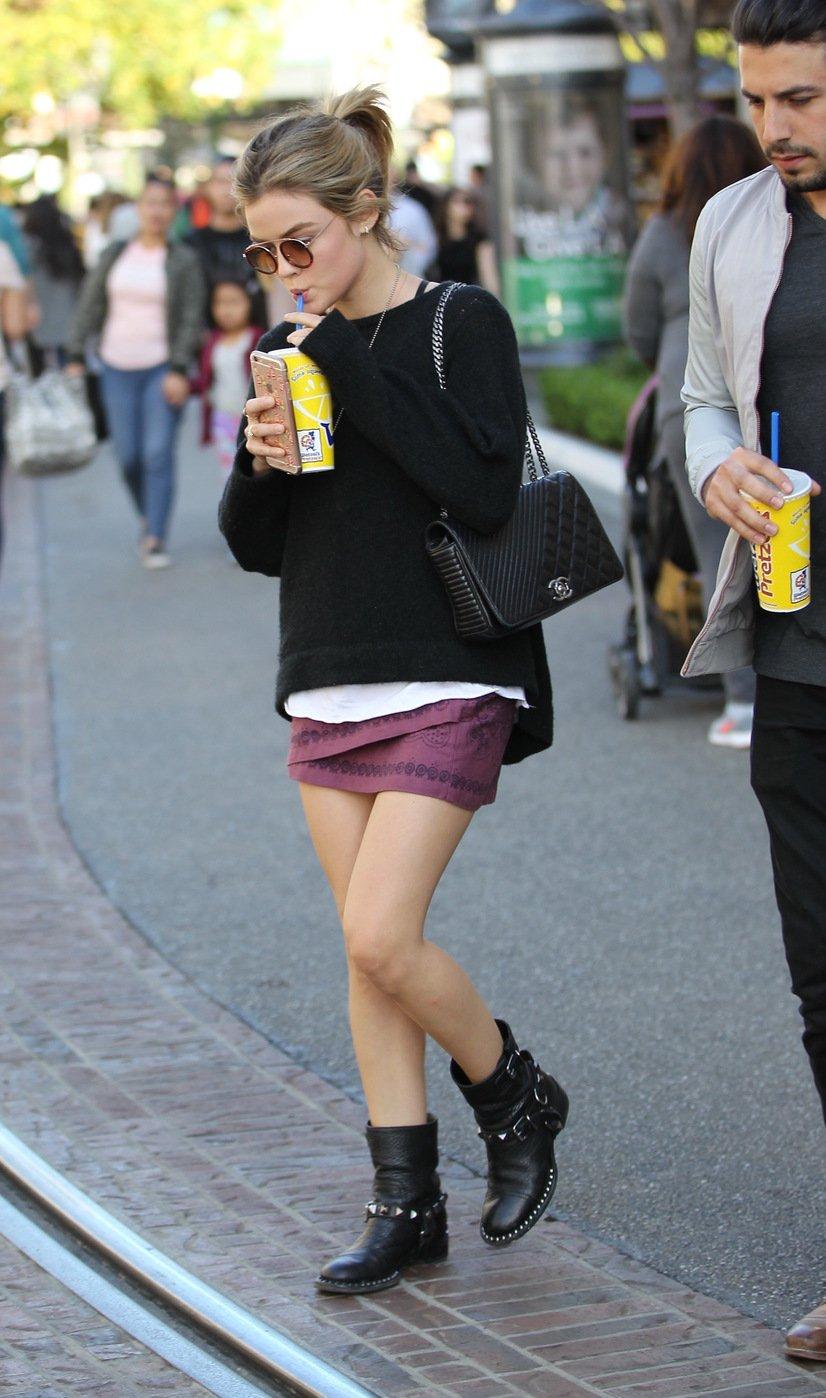 Люси Хейл вышла на шопинг в ужасном наряде
