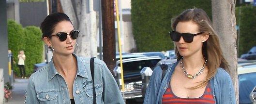 Лили Олдридж и Бехати Принслу  прогулялись по Лос-Анджелесу в стильных  нарядах