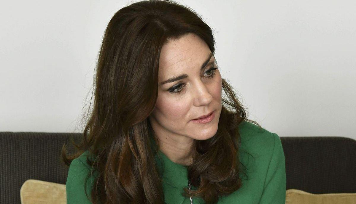 Кэтрин Миддлтон в очередной раз порадовала утонченными нарядами
