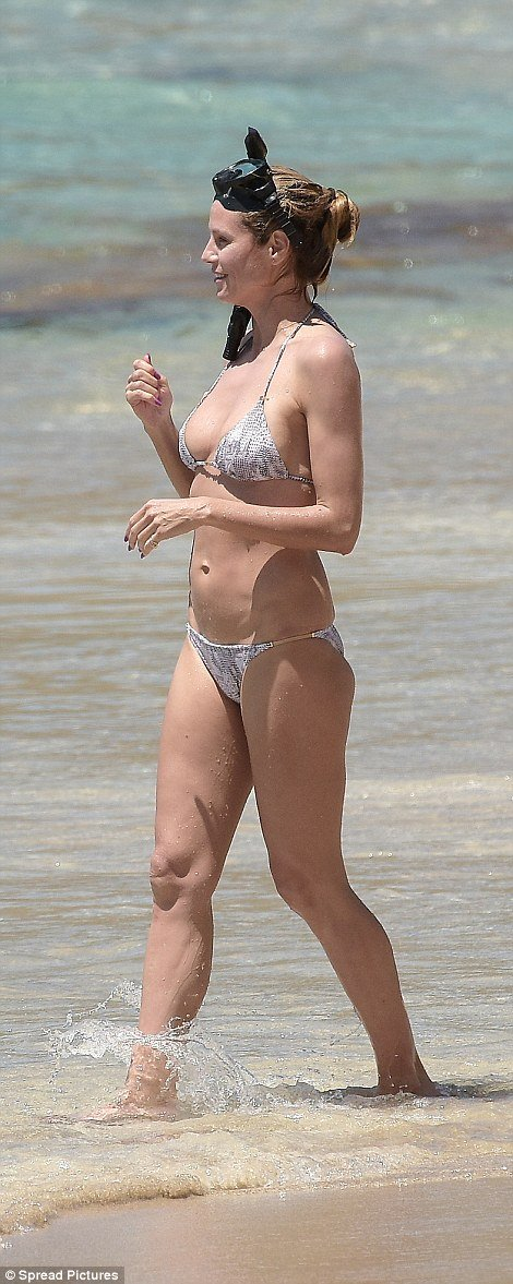 Хайди Клум показала шикарную фигуру в бикини