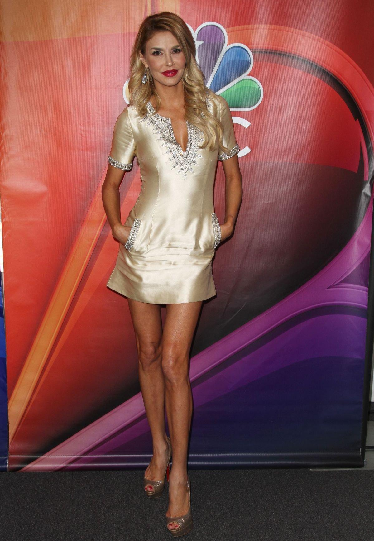 Брэнди Глэнвилл пришла на мероприятие в роскошном платье