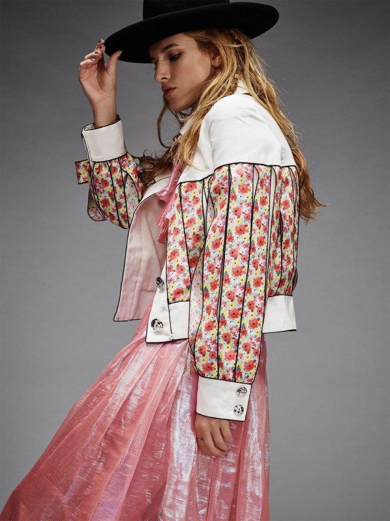 Белла Торн  позирует для Nylon в стиле кантри