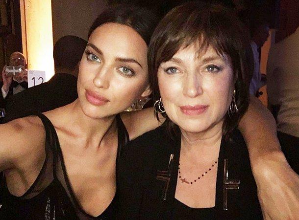 Ирина Шейк выложила в сеть фото с мамой