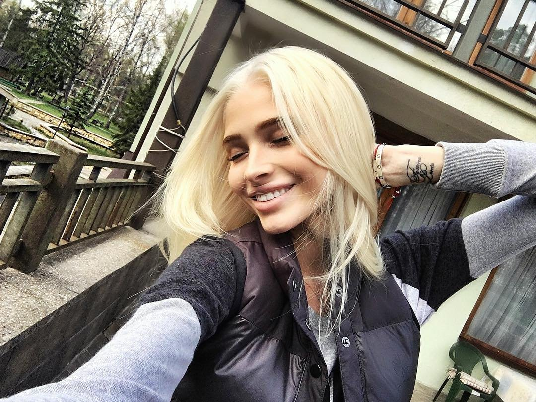 Алена Шишкова отпраздновала Пасху в одиночестве