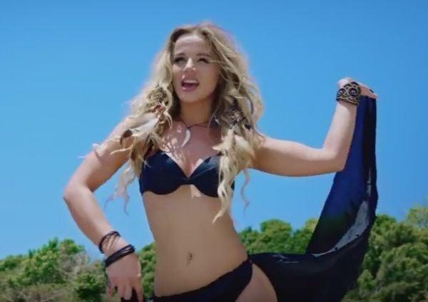 Группа YES17 представили горячий клип на песню «Мама»