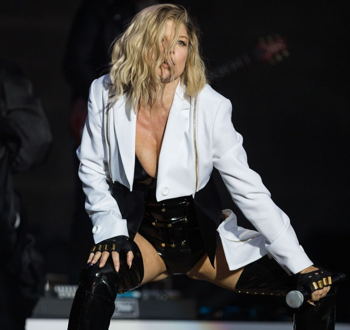 Стейси Фергюсон шокировала всех своим нарядом на концерте в Лисбоне