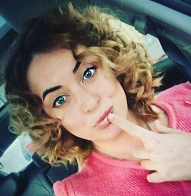 Наталья Фриске с новой прической стала копией сестры Жанны