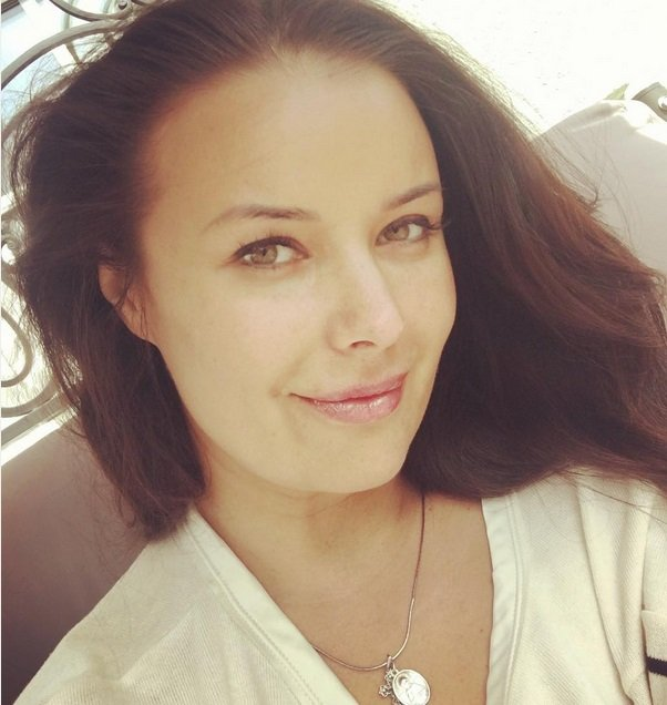 Оксана Федорова показала естественное лицо без макияжа