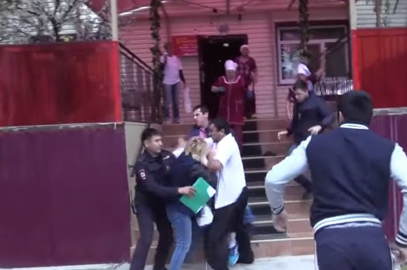 Лена Летучая и её коллеги отстояли свои права в суде о деле в кафе «Виктория»