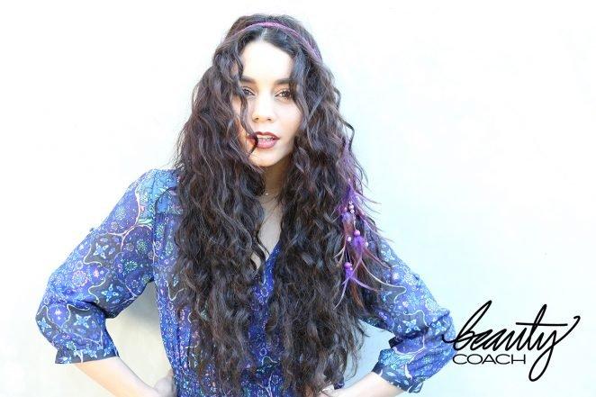 Ванесса Хадженс позирует для бьюти-портала Beauty Coach