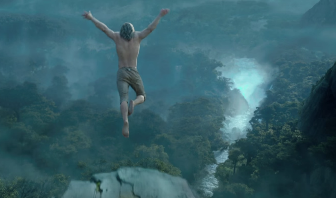 Марго Робби в необычном наряде на премьере фильма «Тарзан. Легенда»