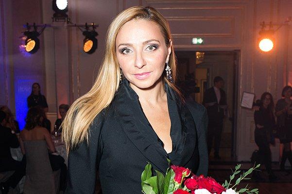 Татьяна Навка появилась на публике без макияжа