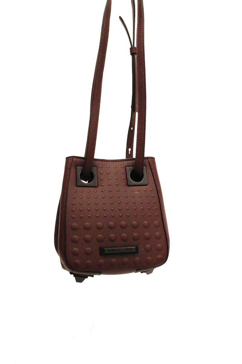 Сестры Кендалл и Кайли Дженнер представили новую коллекцию сумок