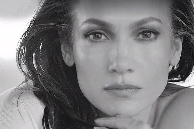 Очаровательная Дженнифер Лопес в новой рекламе  L'Oreal Paris