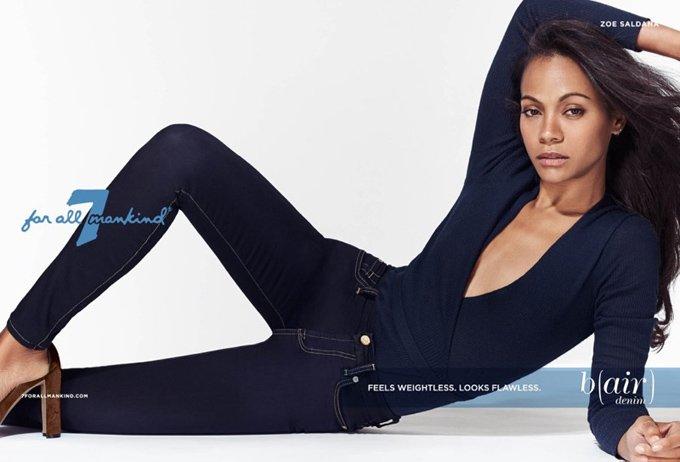 Зои Салдана примерила джинсы от 7 for All Mankind