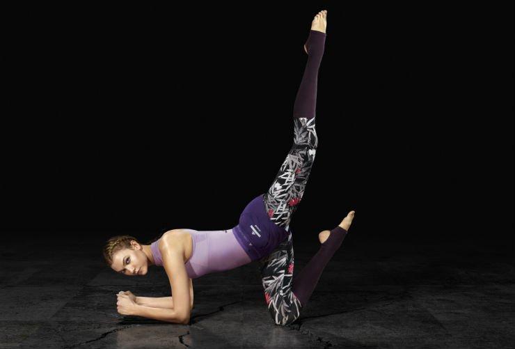 Карли Клосс рекламирует Adidas