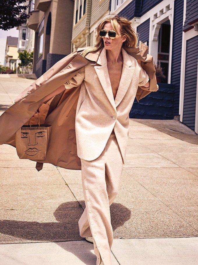 Анна Вьялицына в необычном фотосете для Marie Claire